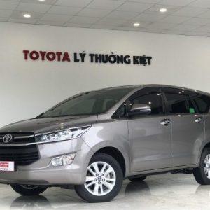 Toyota Innova 2.0G AT 2020